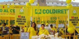 Coldiretti durante una manifestazione a Parma contro il CETA