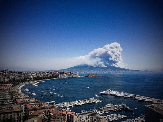 Incendio sul Vesuvio, l'11 luglio dellos corso anno