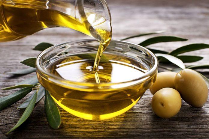 Olio italiano, minacciato dall'etichetta che riporta