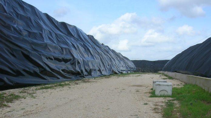 Sito di stoccaggio rifiuti a Villa Literno