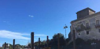 Castello di Schisò e cantiere capannone industriale