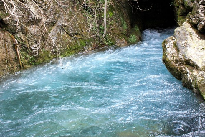Sorgente del fiume Frigido, in provincia di Massa Carrara