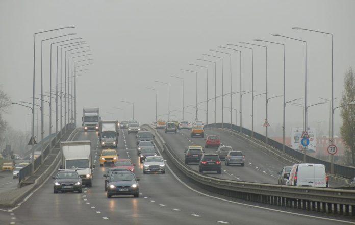 Taglio delle emissioni per auto e furgoni