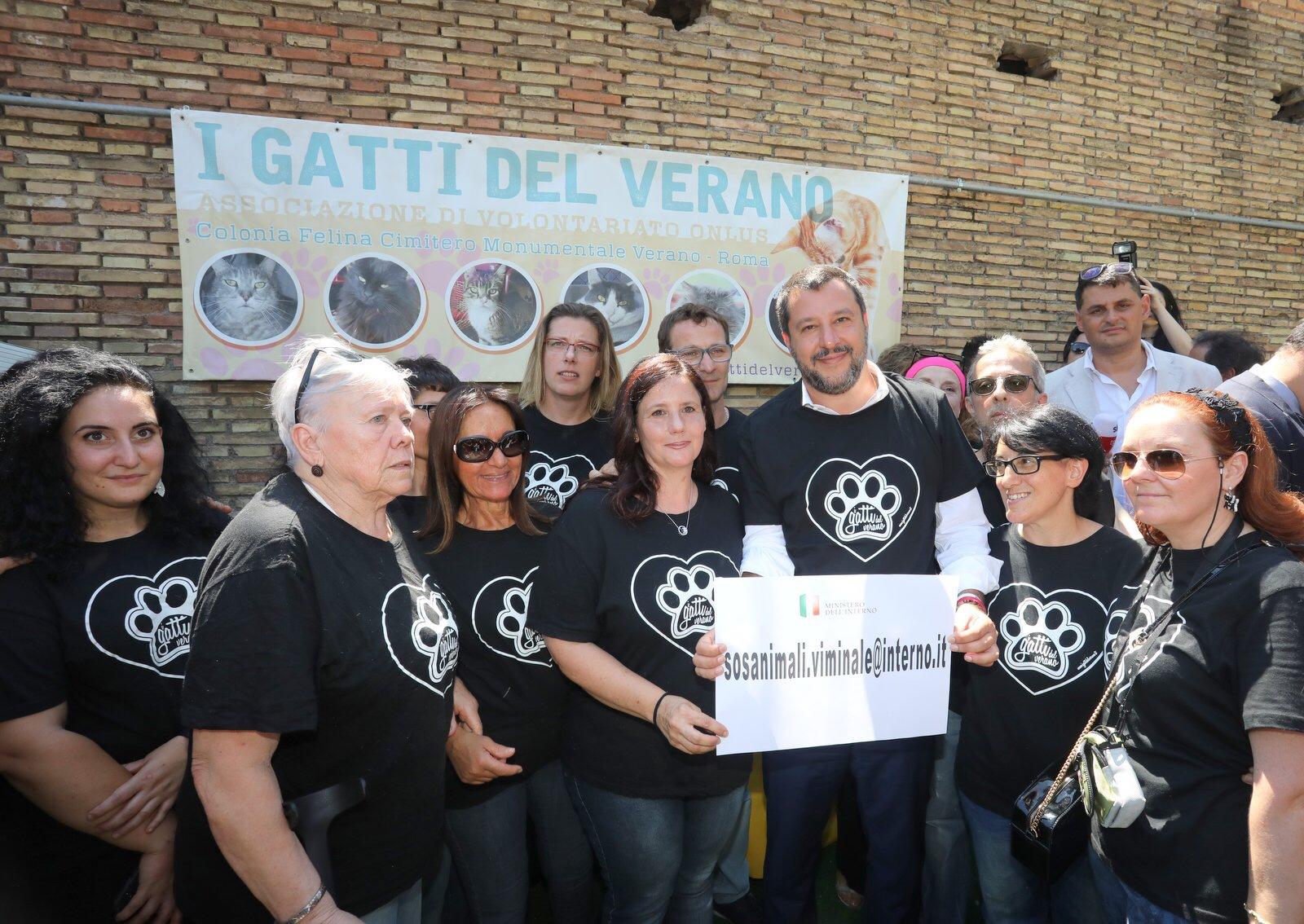 """Il Viminale apre casella di posta """"SOS animali"""": 1 mln alle Regioni contro l'illegalità"""