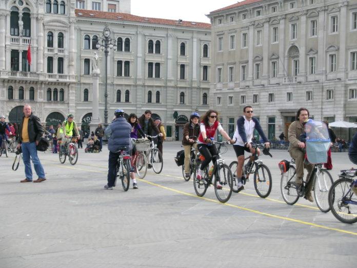 Ciclisti a Trieste